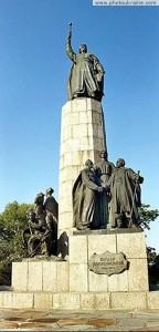 Вивчити історію свого народу ніколи не пізно. Побувати у Чигирині студентам-пенсіонерам з Кременчука допомогли…німці
