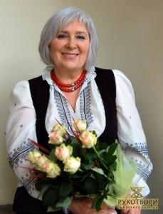 """Олександра Теліженко презентувала нову книгу – """"Основи національної культури"""""""