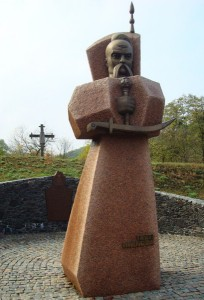 Страченого 16 червня 1578 року у Львові, козацького ватажка Підкову поховали в Каневі
