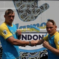 """На ринг Олімпіади в Лондоні українські боксери вийшли з козацькими """"оселедцями"""" на головах"""
