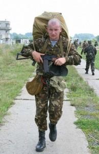 Українські десантники випробували нові парашутні системи