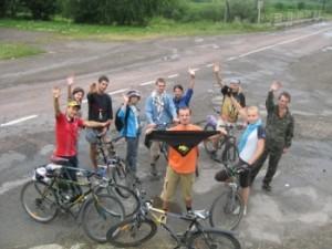 """Велопробіг """"Від Степана до Євгена"""" стартує від монумента Бандері й фінішує на малій батьківщині Коновальця"""