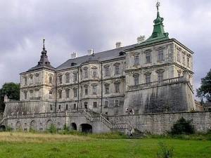 Козаки з середньовічними лицарями популяризують замок