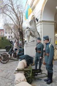 Львівську ратушу захопили легіонери УСС…