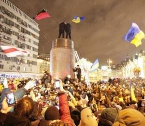 Хто буде замість Лєніна на київській Бесарабці – Бандера, Петлюра, Мазепа чи Калнишевський?