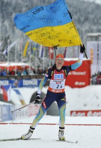 """Перемігши команди Росії і Німеччини, українські біатлоністки отримали золото чемпіонату світу і скандували: """"За Майдан!"""""""