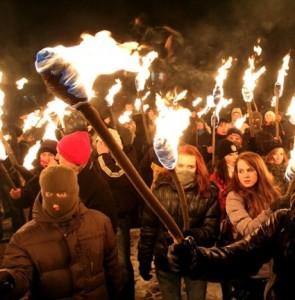 У перший день Нового року Україна запалить смолоскипи на честь 105-ї річниці від дня народження Степана Бандери