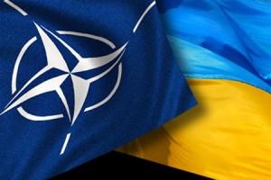 Генсек НАТО закликав українську армію не втручатися в політичний конфлікт