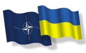 НАТО нагадує тим, у кого слабенька пам'ять: Україна – суверенна держава!