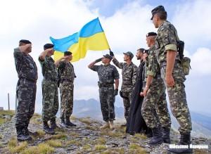 Для СБУ та армії є справжня робота: сьогодні вночі Верховну Раду Криму захопили озброєні терористи