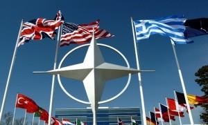 """Генеральний секретар Північного Альянсу: """"Росії не варто випробовувати рішучість НАТО. Ми готові до будь-яких варіантів розвитку подій."""""""
