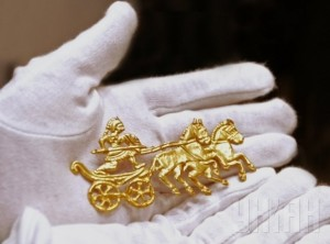 Скіфське золото з музеїв окупованого Криму повернеться в Україну