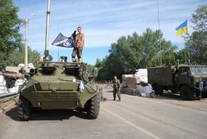 Священики і козаки з Черкащини доставили груз гуманітарної допомоги у Щастя на Луганщині