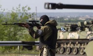 """""""Колоради""""-невдахи, спробувавши напасти на колону українських військових, тільки подарували їм свою зброю"""