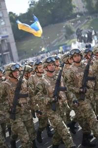 Військові паради до Дня Незалежності пройшли у Києві та Одесі