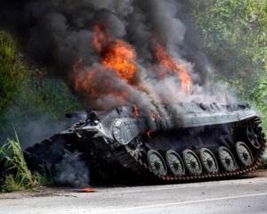 Українська авіація знищила велику колону бронетехніки терористів – разом з їх екіпажами