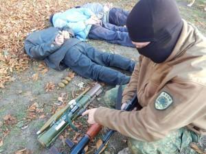 """Розвідка полку """"Азов"""" відловила під Маріуполем чергову групу терористів"""