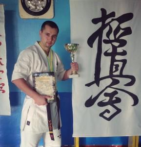 Абсолютним чемпіоном України з карате став офіцер СБУ з Черкас