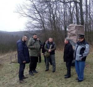 """Цьогорічними вшануваннями холодноярських повстанців опікуватимуться і полк """"Азов"""" та ДУК """"Правий сектор"""""""