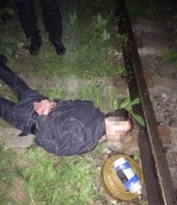 """СБУ затримала диверсанта """"ДНР"""" у момент спроби підриву залізничної колії"""