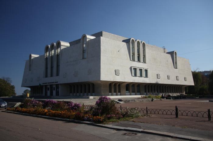Обласний краєзнавчий музей у Черкасах розгортає нові патріотичні експозиції