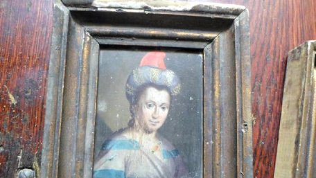 Сенсаційна знахідка через Інтернет: випадково виявлено оригінальні 400-річні портрети гетьманича Тиміша Хмельницького і його дружини, викрадені з музею 56 років тому
