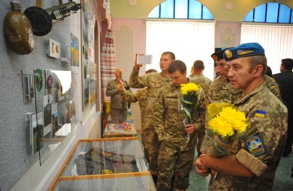 У Черкасах відкрили музейну експозицію, присвячену вчителям-воїнам АТО