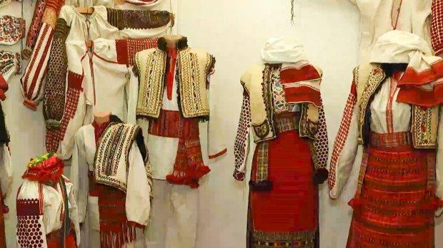 Колекція львів'янки врятувала сотні забутих вишиванок і українських прикрас