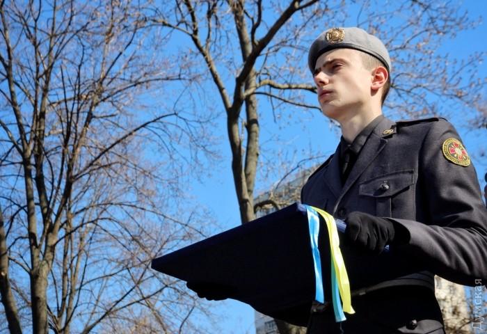 У Військовій академії в Одесі святкували випуск нових офіцерів розвідки, тилу і десантних військ