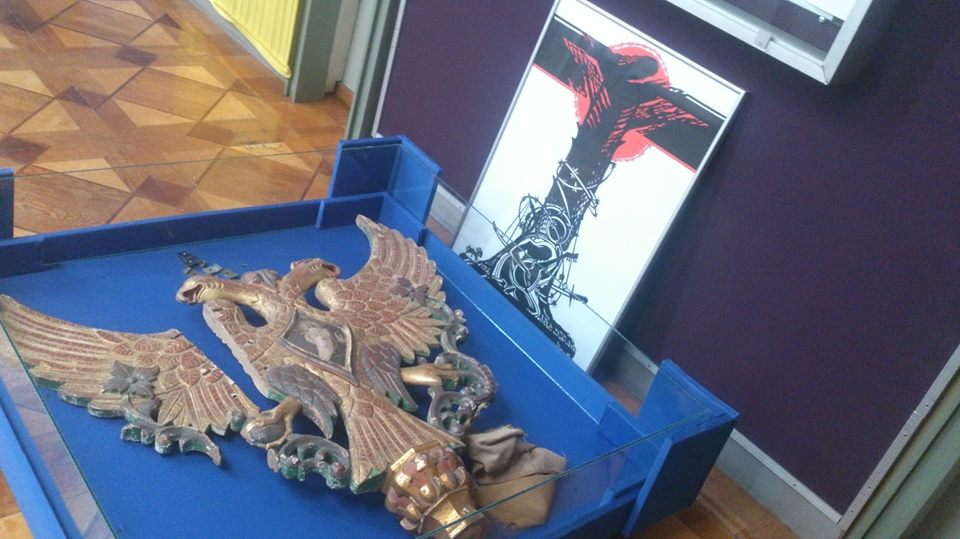 У Черкасах краєзнавчий музей цілу залу відведе під експозицію до 100-річчя Української революції. Буде і двоголовий імперський орел – на… підлозі