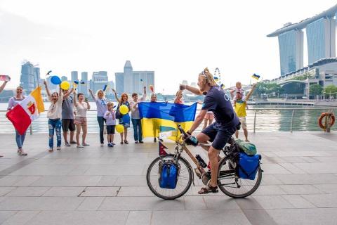Українець проїхав 14 країн світу на велосипеді