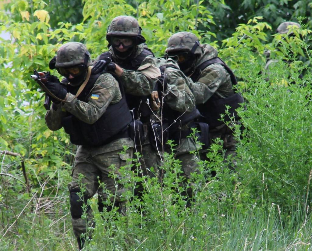 СБУ спільно з іншими силовиками провела на Черкащині масштабне антитерористичне тактико-спеціальне навчання (ФОТОРЕПОРТАЖ)