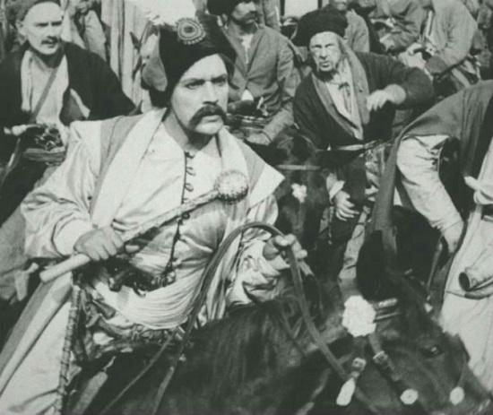 """Козацький бойовик, знятий з кінопрокату 80 років тому """"за націоналізм і криваві сцени"""", відновлений і знову готовий до показу"""