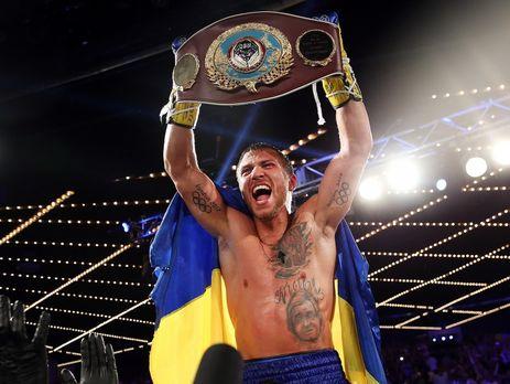 Василь Ломаченко двічі відправив у нокдаун колумбійця, який замахнувся на чемпіонський пояс українця