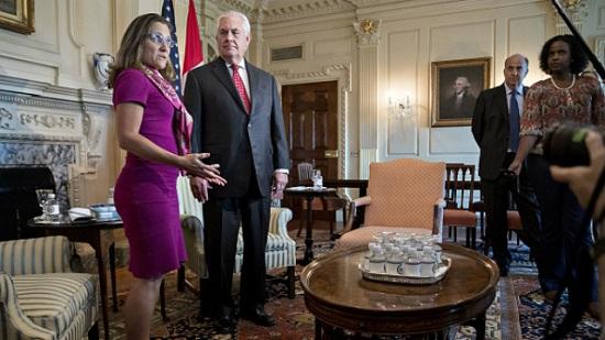 Українка з уряду Канади зустрілася з главою Держдепу США і обговорила питання України
