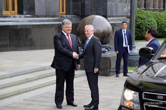 Вашингтон розглядає питання надання Україні летальної зброї