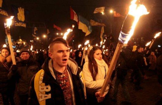 """У день народження Бандери націоналісти провели 57 """"смолоскипових маршів"""""""