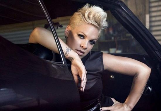 Кліп для знаменитої американської співачки Pink зняла українка