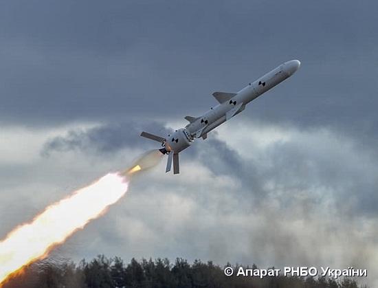 Україна успішно випробувала першу крилату ракету!
