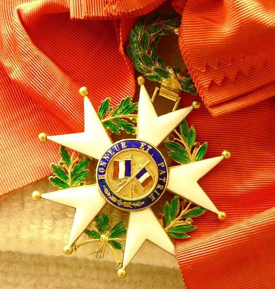Найвищою нагородою Франції, Орденом Почесного Легіону, вперше нагороджено українку
