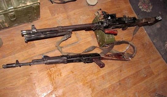 Алкаші-сепаратисти спробували атакувати морських піхотинців ЗСУ – і втекли, кидаючи зброю…