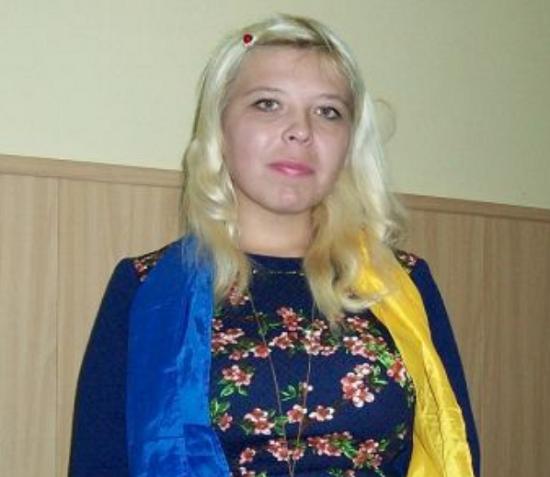 В Москве задержана кубанская активистка: полицию испугала… сине-желтая ленточка на ее одежде