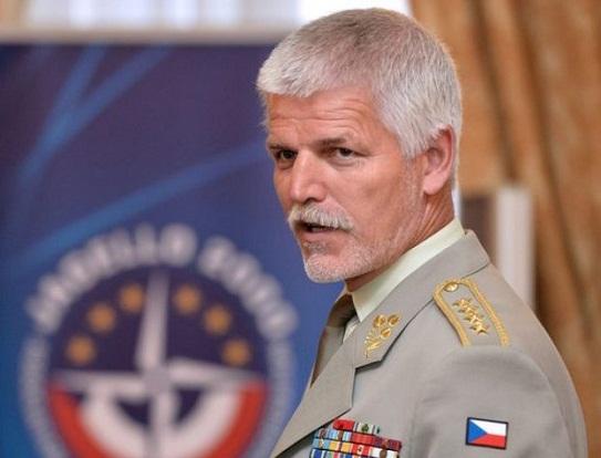 Чеський генерал від імені NАТО заявив про готовність Альянсу підтримати зброєю Україну