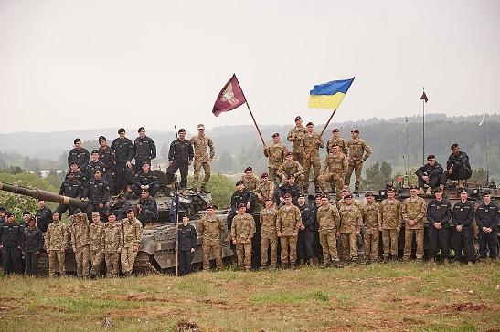 Після завершення міжнародних навчань НАТО, комбат OPFOR Едвард Кларк заявив, що… захотів стати частиною української армії