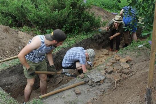 Біля Лаври в Києві археологи розкопали унікальний оборонний мур ХІІ століття