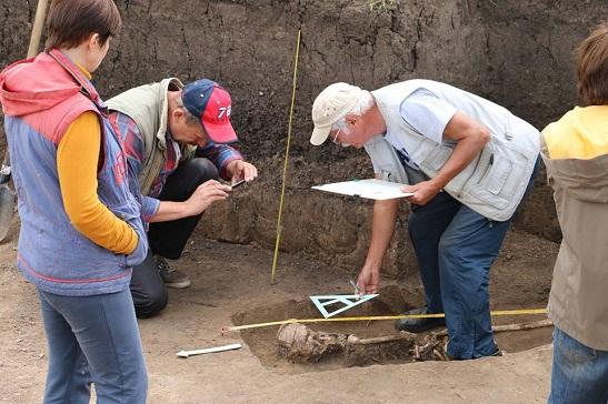 Сенсація? Древнє поховання на Черкащині викликало у археологів містичні версії…
