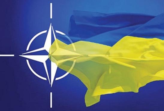 Три чверті українців, готових прийти на референдум про вступ до НАТО, підтримують приєднання України до Альянсу
