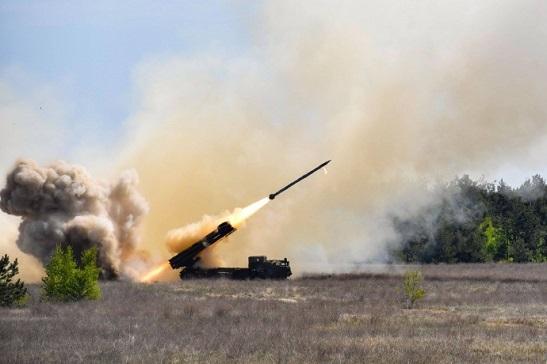 """Українська армія приймає на озброєння новітні системи залпового вогню """"Вільха"""""""