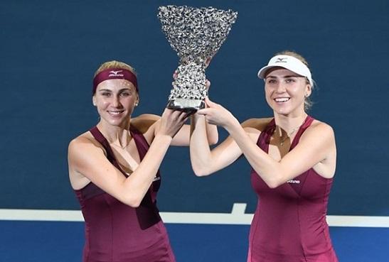 Українські тенісистки виграли парний розряд малого Підсумкового турніру WTA
