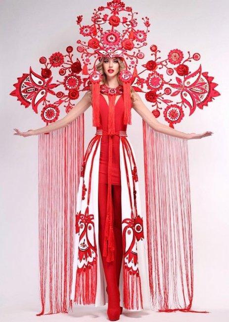"""На конкурсі """"Міс Всесвіт 2018″ українка буде у національному костюмі, названому """"Деревом життя"""""""